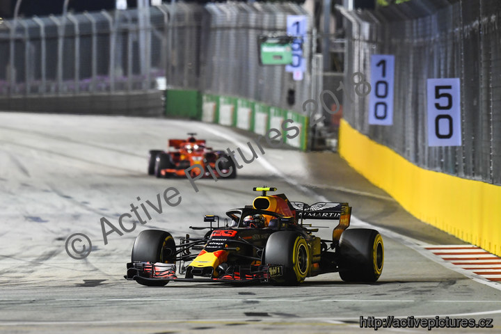 album F12018GP15SIN photo UnCf