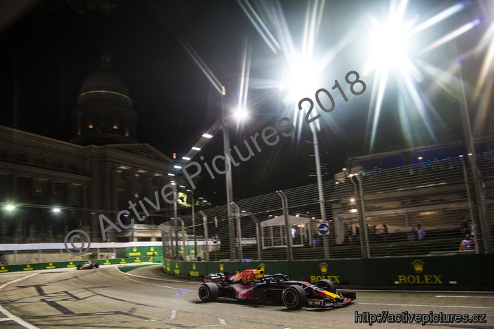 album F12018GP15SIN photo iJHr
